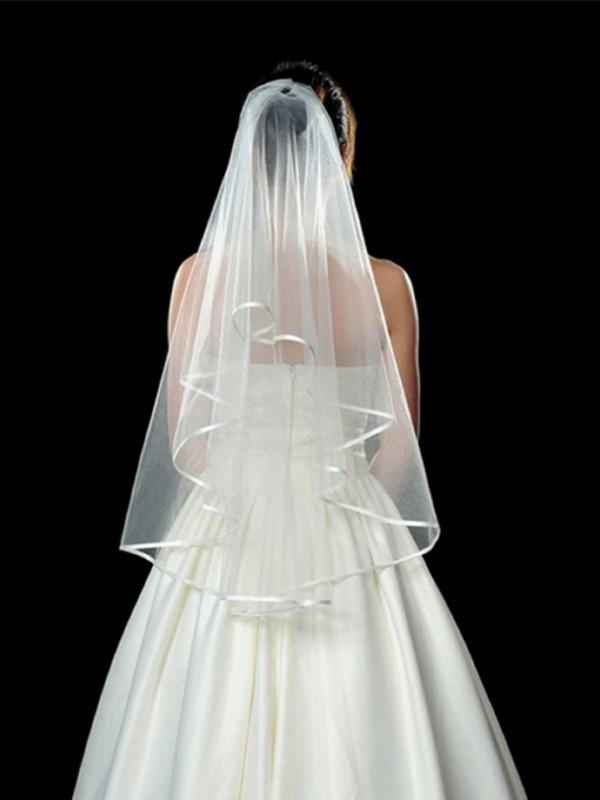 Elegant Tyll Wedding Slöjor