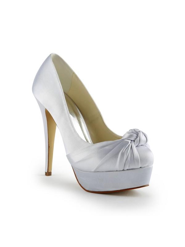 Women's Gorgeous Satäng Stiletto Heel Pumps Dekorera med Volanger Vit Bröllop Skor