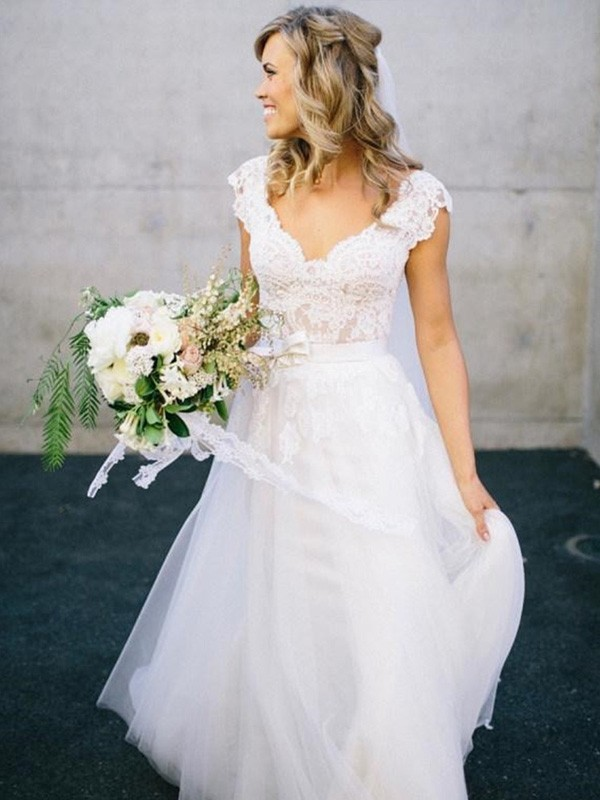 A-linjeformat V-ringning Golvläng Ärmlös Spetsar Tyll Bröllopsklänningar