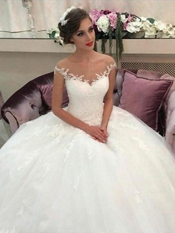 770862587390 Stora Off-shoulder ringning Court släp Tyll Ärmlös Bröllopsklänningar