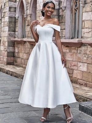 A-linjeformat Satäng Rufsar Off-shoulder Ärmlös Ankel-lång Bröllopsklänningar