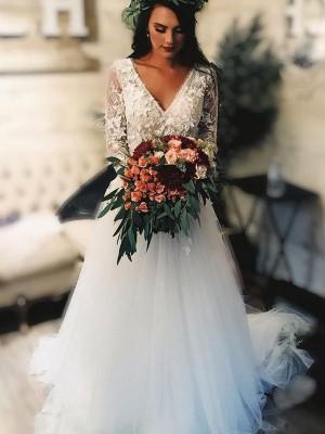 A-linjeformat Tyll V-ringning Applikation Långa ärmar Sweep släp Bröllopsklänningar