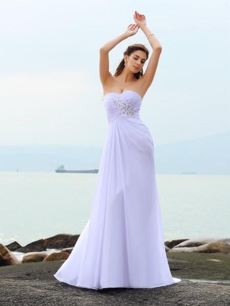 Slida/Kolumn Hjärtformad Pärlbrodering Ärmlös Långa Chiffong Strand Brudklänningar