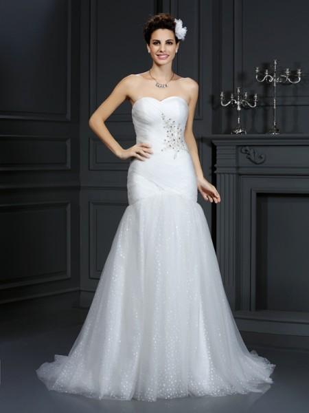 Slida/Kolumn Hjärtformad Pärlbrodering Ärmlös Långa Nät Brudklänningar