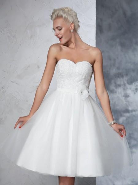 A-linjeformat Hjärtformad Blomma Ärmlös Korta Nät Brudklänningar