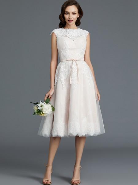 A-linjeformat Ärmlös Bateu Knälång Tyll Bröllopsklänningar