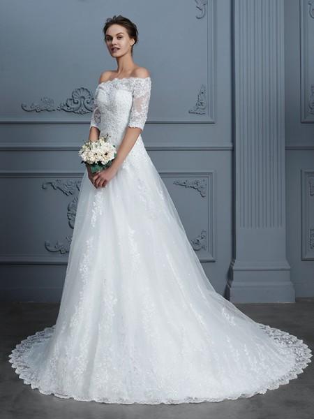 Stora Off-shoulder ringning 1/2 Ärmar Pärlbrodering Court släp Spetsar Bröllopsklänningar