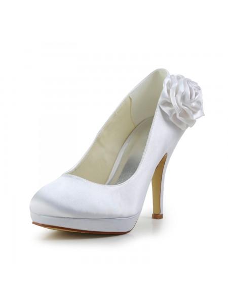 Women's Elegant Satäng Stiletto Heel Pumps Dekorera med Blommor Vit Bröllop Skor