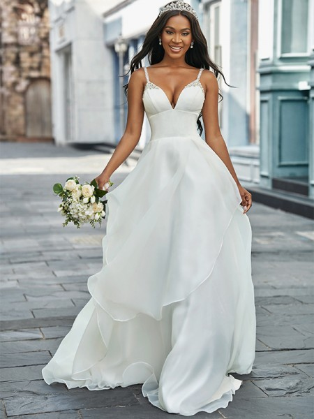 A-linjeformat V-ringning Organzapåse Ärmlös Pärlbrodering Sweep släp Bröllopsklänningar