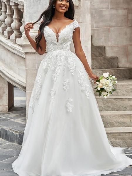 A-linjeformat Tyll V-ringning Applikation Ärmlös Sweep släp Bröllopsklänningar