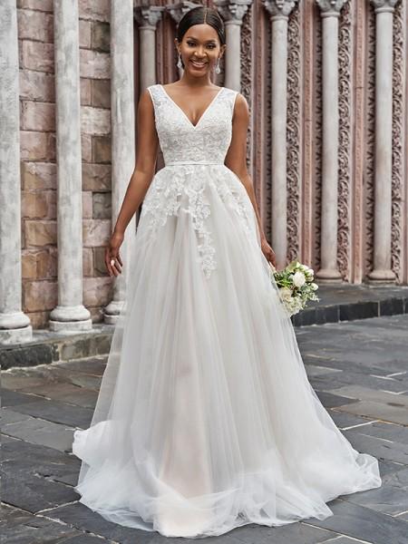 A-linjeformat V-ringning Tyll Applikation Ärmlös Sweep släp Bröllopsklänningar
