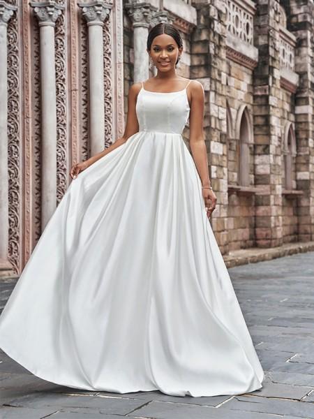 A-linjeformat Satäng Smala axelband Rufsar Ärmlös Sweep släp Bröllopsklänningar