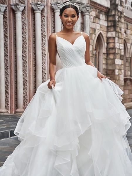 A-linjeformat Tyll Rufsar Smala axelband Ärmlös Sweep släp Bröllopsklänningar