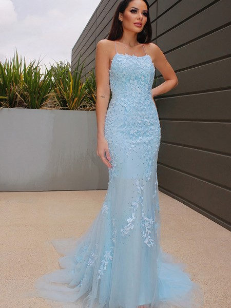 Trumpet/Mermaid Halter Sleeveless Lace Tulle Sweep/Brush Train Dresses