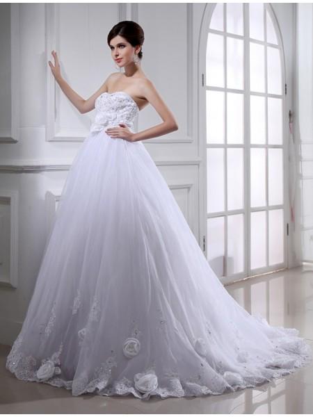 Balklänning Pärlbrodering Blomma Axelbandslös Ärmlös Långa Organzapåse Brudklänningar