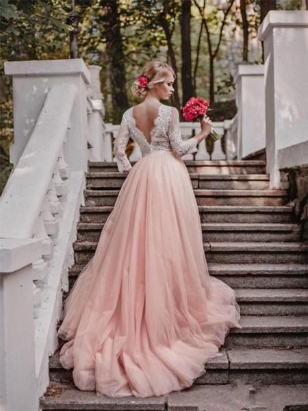 Stora V-ringning Court släp Långa ärmar Applikation Tyll Bröllopsklänningar