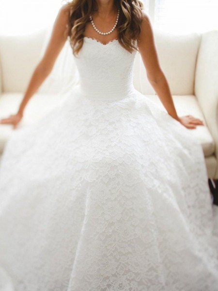 A-linjeformat Hjärtformad Domkyrkan tåg Ärmlös Spetsar Bröllopsklänningar