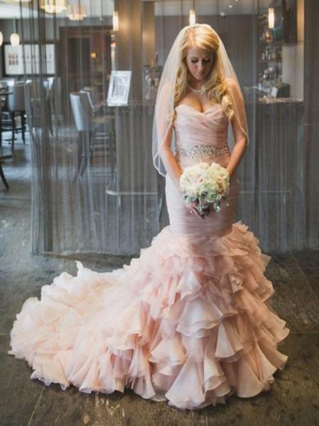 Trumpet/Sjöjungfru Ärmlös Hjärtformad Court släp Rufsar Organzapåse Bröllopsklänningar