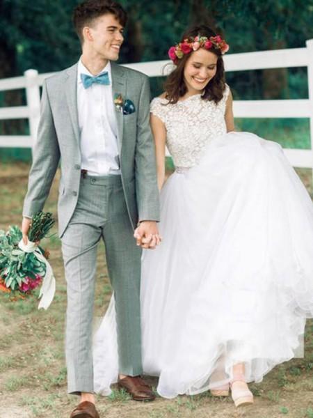 Stora Ärmlös Rund-urringning Court släp Applikation Spetsar Bröllopsklänningar
