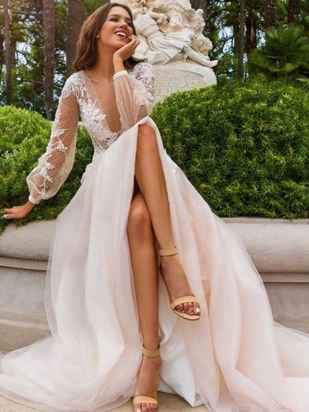 A-linjeformat Långa ärmar Applikation Tyll V-ringning Sweep släp Bröllopsklänningar