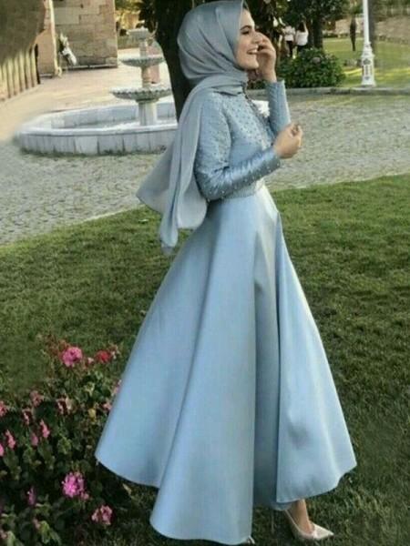 A-linjeformat Långa ärmar Rund-urringning Golvläng Pärlbrodering Satäng Muslim Klänningar