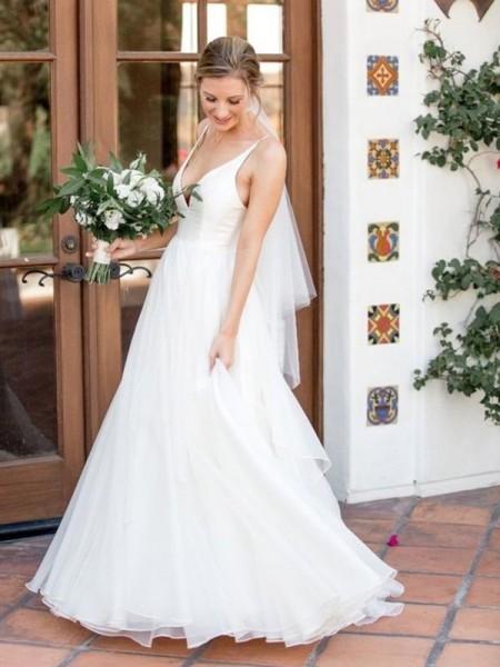 A-linjeformat V-ringning Ärmlös Sweep släp Rufsar Tyll Bröllopsklänningar