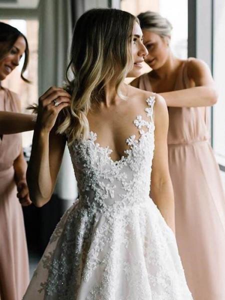 A-linjeformat Spets V-ringning Applikation Ärmlös Sweep släp Bröllopsklänningar