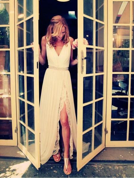 A-linjeformat V-ringning Sweep släp Ärmlös Pärlbrodering Chiffong Bröllopsklänningar