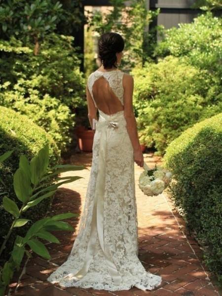 Slida/Kolumn Ärmlös Spetsar V-ringning Sweep släp Bröllopsklänningar
