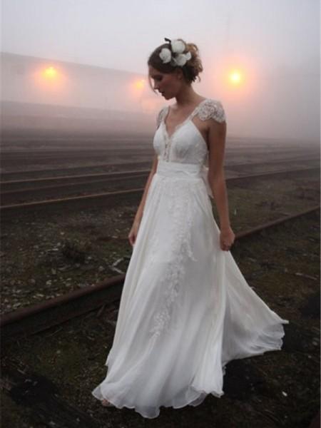A-linjeformat V-ringning Golvläng Ärmlös Spetsar Chiffong Bröllopsklänningar