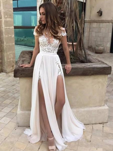 A-linjeformat V-ringning Sweep släp Ärmlös Spetsar Chiffong Bröllopsklänningar