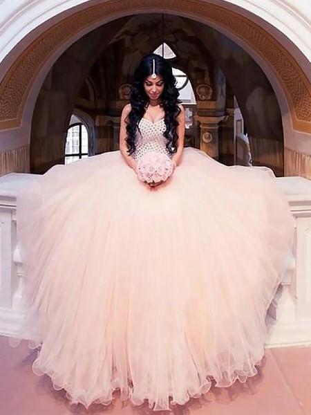 Stora Ärmlös Pärlbrodering Tyll Hjärtformad Sweep släp Bröllopsklänningar