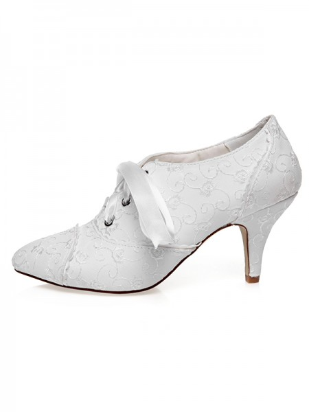 Women's Satäng Closed Toe Silk Cone Heel Bröllop Skor