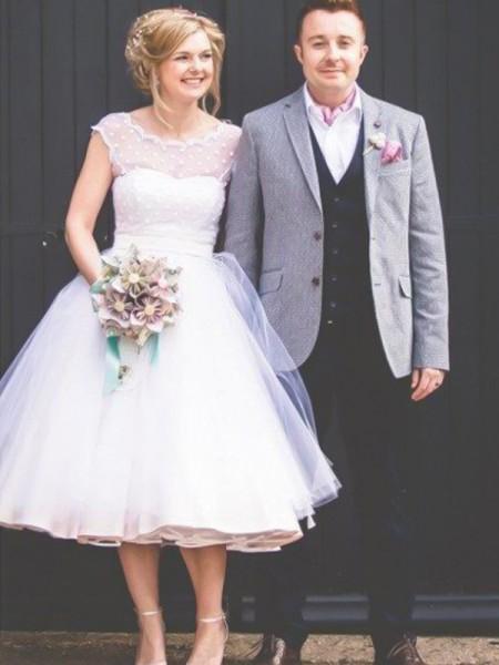 Stora Juvel Ärmlös Knälång Rufsar Tyll Bröllopsklänningar