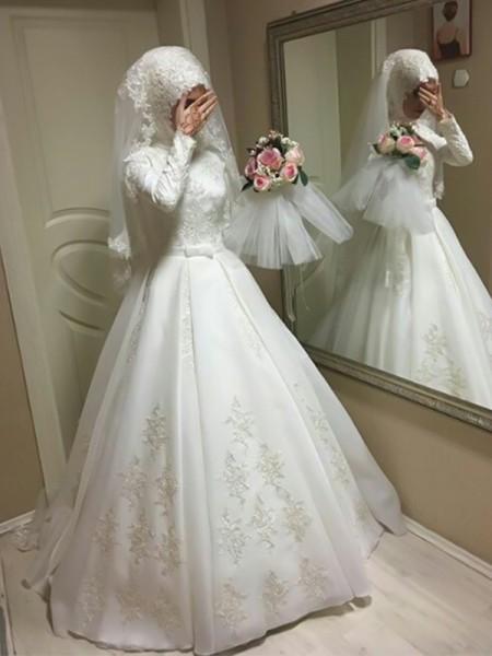Stora Juvel Långa ärmar Golvläng Rosett Tyll Bröllopsklänningar